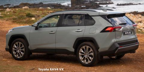 Toyota RAV4 2.0 VX (de-spec 21) - Image credit: © 2021 duoporta. Generic Image shown.