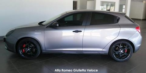 Alfa Romeo Giulietta 1750TBi Veloce - Image credit: © 2021 duoporta. Generic Image shown.
