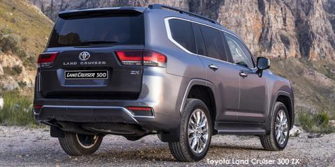 Toyota Land Cruiser 300 3.5T ZX - Image credit: © 2021 duoporta. Generic Image shown.