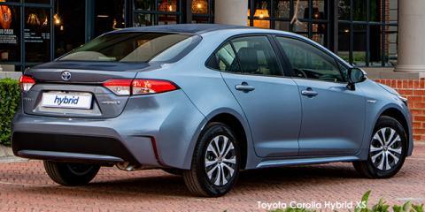 Toyota Corolla 1.8 Hybrid XS - Image credit: © 2021 duoporta. Generic Image shown.