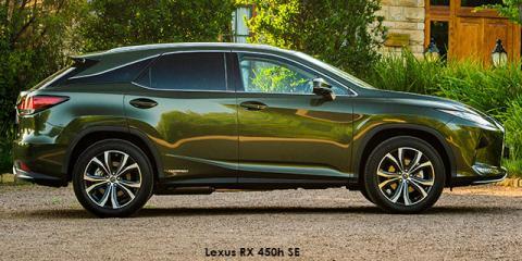 Lexus RX 350L EX - Image credit: © 2021 duoporta. Generic Image shown.