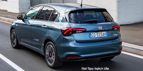 Fiat Tipo hatch 1.4 Life - Image credit: © 2021 duoporta. Generic Image shown.