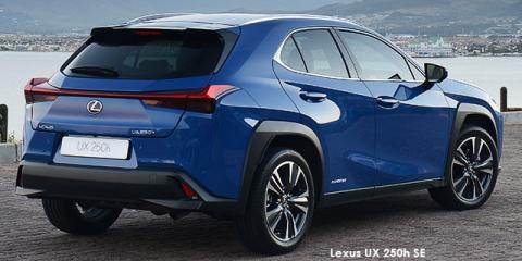 Lexus UX 250h SE - Image credit: © 2021 duoporta. Generic Image shown.