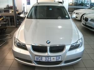 BMW 330i automatic - Image 2