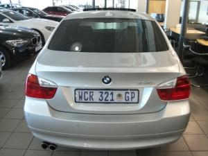 BMW 330i automatic - Image 3