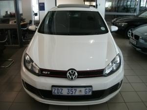 Volkswagen Golf VI GTI 2.0 TSI - Image 2