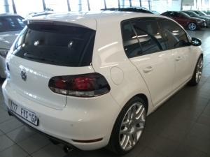 Volkswagen Golf VI GTI 2.0 TSI - Image 4