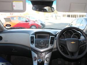 Chevrolet Cruze 1.6 LS - Image 5