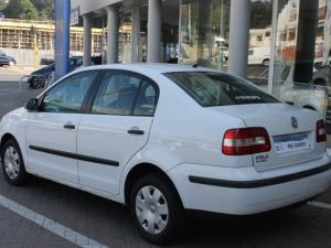 Volkswagen Polo Classic 1.4 Trendline - Image 3