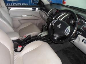 Mitsubishi Pajero Sport 3.2 Di-D GLS automatic - Image 3