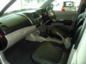 Mitsubishi Triton 2.4 MPID/C - Image 4
