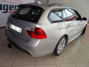 BMW 320d Touring automatic - Image 2