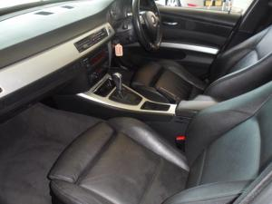 BMW 320d Touring automatic - Image 4