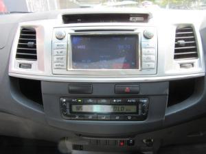 Toyota Hilux 3.0D-4D double cab 4x4 Raider auto - Image 11