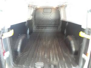 Ford Transit 2.2TDCi 92kW MWB panel van - Image 13