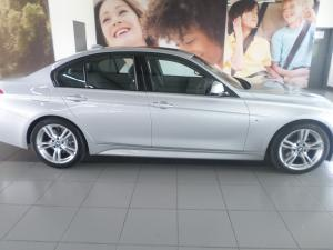 BMW 3 Series 330d 3 40 Year Edition - Image 3
