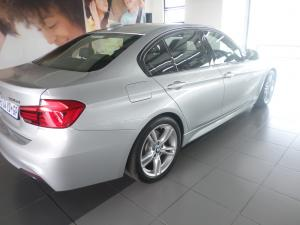 BMW 3 Series 330d 3 40 Year Edition - Image 4