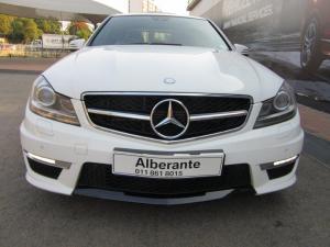 Mercedes-Benz C-Class sedan C63 AMG - Image 2