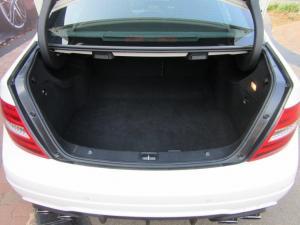 Mercedes-Benz C-Class sedan C63 AMG - Image 8