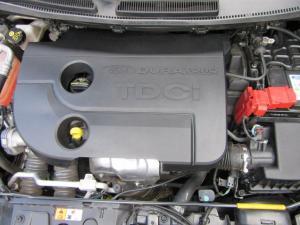 Ford Fiesta 5-door 1.6TDCi Trend - Image 15