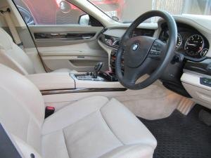 BMW 7 Series 730d - Image 13