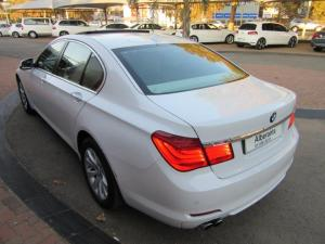 BMW 7 Series 730d - Image 6