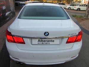 BMW 7 Series 730d - Image 7
