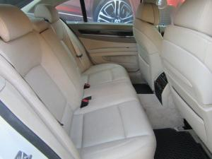 BMW 7 Series 730d - Image 9