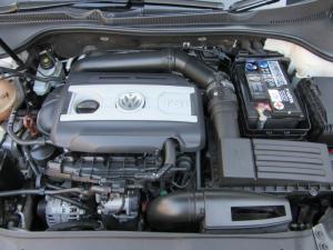 Volkswagen Golf GTI auto - Image 13