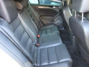 Volkswagen Golf GTI auto - Image 9