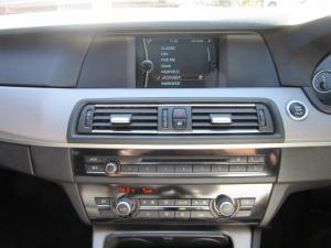 BMW 5 Series 520d - Image 11