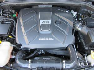 Jeep Grand Cherokee 3.0CRD Overland - Image 14