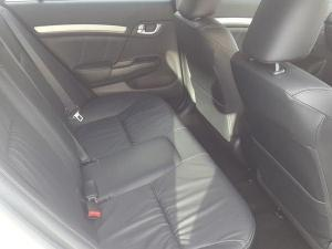 Honda Civic sedan 1.8 Executive auto - Image 4