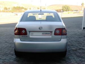Volkswagen Polo Vivo sedan 1.4 Conceptline - Image 3