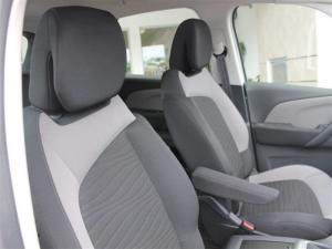 Citroen C4 Picasso 1.6 e HDi Seduction - Image 10