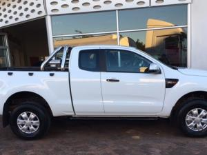 Ford Ranger 3.2 SuperCab 4x4 XLS - Image 4