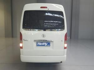 Toyota Quantum 2.7 10 Seat - Image 4