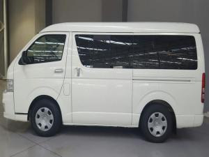 Toyota Quantum 2.7 10 Seat - Image 3