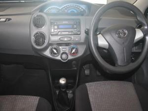 Toyota Etios 1.5 Xs - Image 2