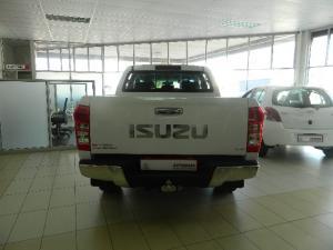 Isuzu KB 300D-Teq double cab LX - Image 2