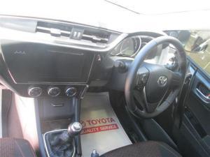 Toyota Auris 1.6 XS - Image 12