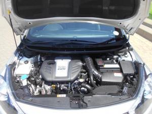 Kia Cerato Koup 1.6T GDiautomatic - Image 7