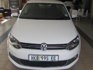 Volkswagen Polo sedan 1.6 Comfortline auto - Image 1