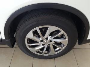 Nissan X-Trail 2.5 4x4 SE - Image 13