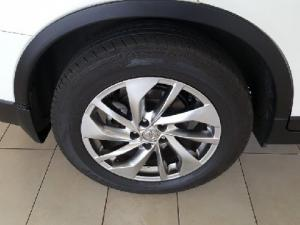 Nissan X-Trail 2.5 4x4 SE - Image 14