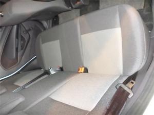 Ford Fiesta 5-door 1.6TDCi Ambiente - Image 8