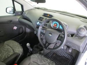 Chevrolet Spark 1.2 CAMPUS/CURVE 5-Door - Image 12
