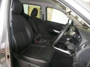Nissan Navara 2.3D double cab 4x4 LE - Image 5