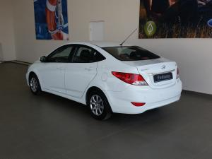 Hyundai Accent 1.6 GLS - Image 3
