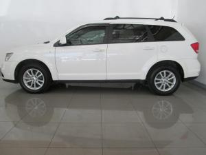 Dodge Journey2.4 automatic - Image 2